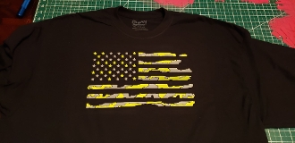 DISTRESSED AMERICAN FLAG CAMO PRINT T-SHIRT